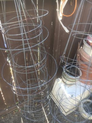 Pots, gardening tool sand tomato plant holders for Sale in Carlsbad, CA