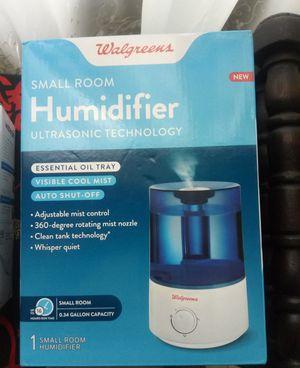 Humidifier + Ultrasonic defuser for Sale in Alafaya, FL