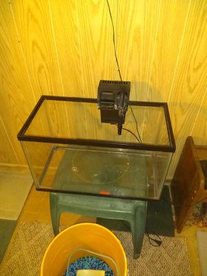 Fish tank for Sale in Warrenville, IL
