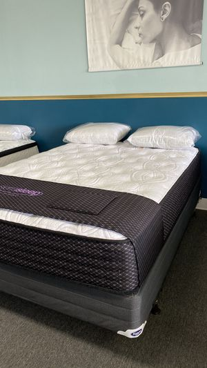 NEW Queen Limited Plush Mattress Available right NOW JRN for Sale in Irving, TX