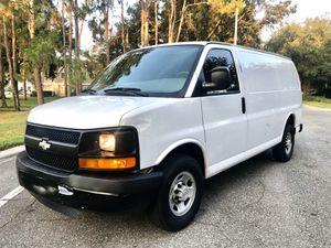 2008 Chevy Chevrolet G2500 express cargo vans for Sale in Orlando, FL