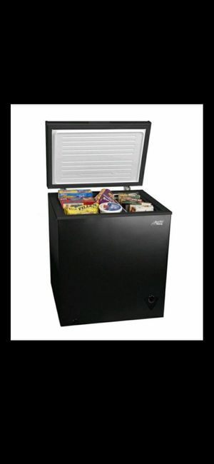Arctic king 5.0 cu ft chest freezer for Sale in Snohomish, WA
