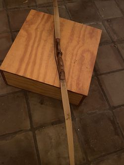 Left Handed Long Bow From Martin for Sale in Glendale,  AZ