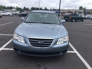 2010 Hyundai Sonata Salvage tittle Miles 149000 runs and drives good $2600 for Sale in OR, US