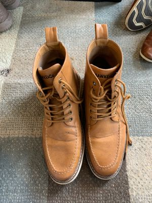 Hawke&Co Tan Leather Boots 10.5 for Sale in Shoreline, WA