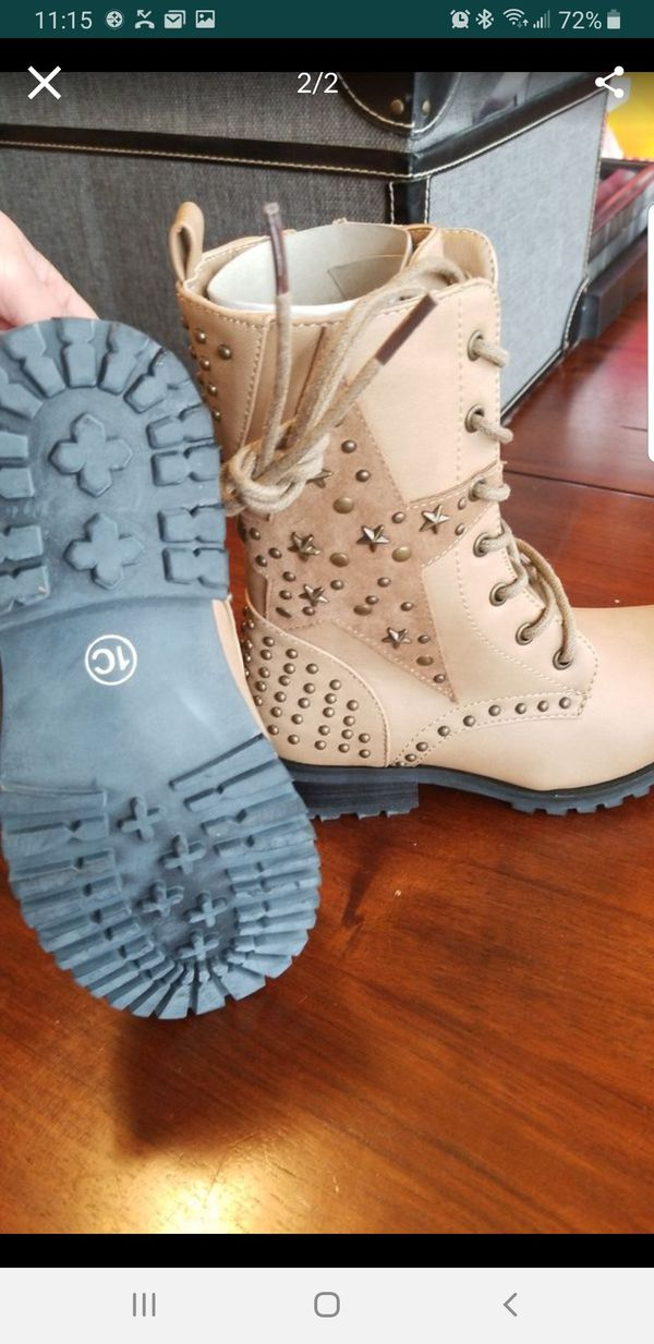 Brand new girl boots size 1