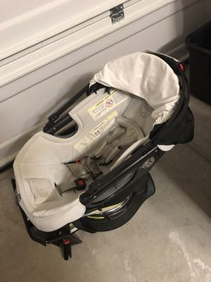 orbit stroller with toddler seat and car base for Sale in Murrieta, CA