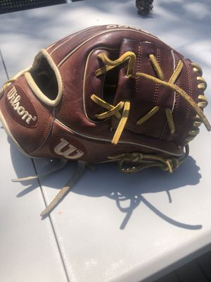 """Wilson A2000 11"""" glove of the month limited edition for Sale in Shoreline, WA"""
