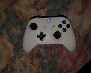 Xbox One S controller. for Sale in Montebello, CA