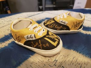 Custom new born shoes signed by 4 LAFC players for Sale in Los Angeles, CA
