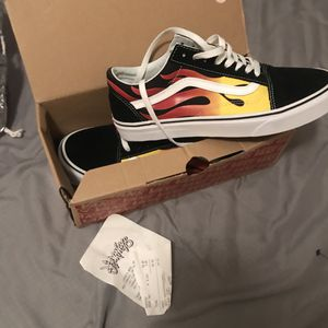VANS BRAND NEW SIZE 10.5 for Sale in West Palm Beach, FL