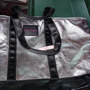 Victorias Secret XL Bag for Sale in Oklahoma City, OK