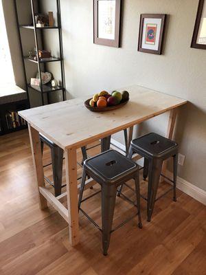 Small kitchen table for Sale in Chula Vista, CA