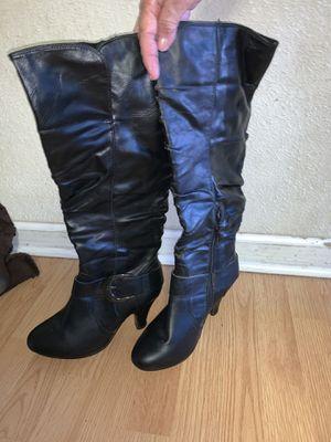 Womans boots 5$ each for Sale in Phoenix, AZ