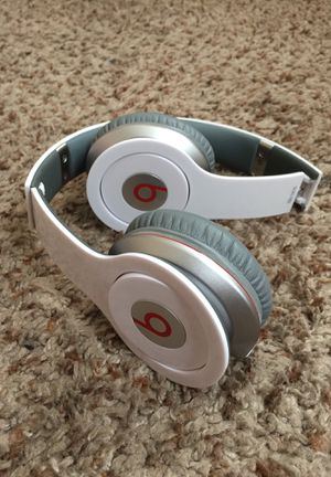 Beats headphones for Sale in DAYT BCH SH, FL