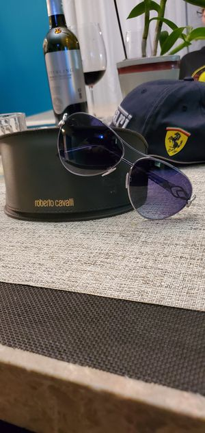 Roberto Cavalli sunglasses Blue brand new with case for Sale in Fort Lauderdale, FL