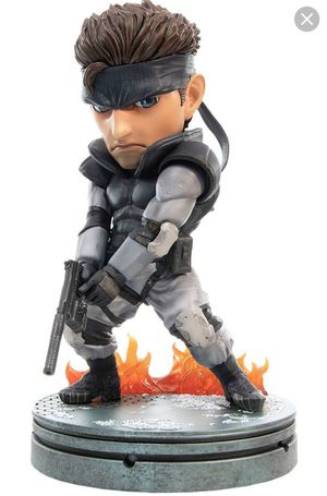 Metal Gear Solid Snake Statues (First4Figures) for Sale in Pembroke Pines, FL