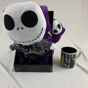 "Disney Nightmare Before Christmas 40""x 50"" Throw Blanket Pillow Set Skellington and Mug for Sale in Garden Grove, CA"