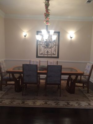 Dinning room table for Sale in Crownsville, MD