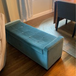 Blue Ottoman Bench for Sale in Olympia,  WA