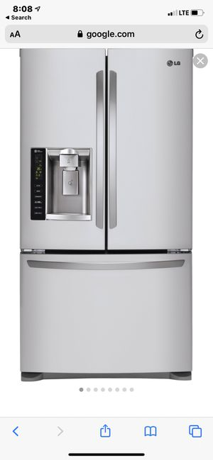 LG French Door Refrigerator, bottom freezer with dual icemaker and water dispenser for Sale in San Pedro, CA