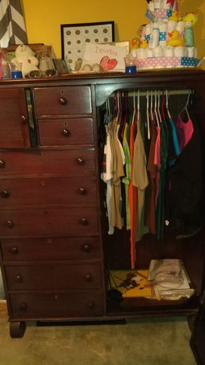 Antique Wardrobe for Sale in Raleigh, NC