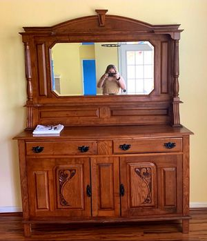 ANTIQUE SIDEBOARD BUFFET for Sale in Round Rock, TX
