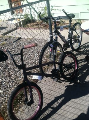 Purple bike needs work so I'll do $10. Other bike I'll do $25 for. Brands need work I think. Will do both for $32.50. So if interested text me for Sale in Albuquerque, NM