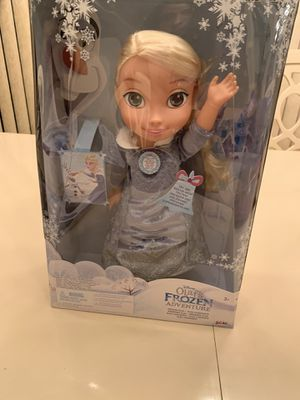 $45 singing Frozen Elsa 13 inch doll for Sale in Miami, FL