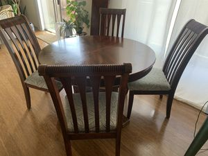 Kitchen table with leaf, solid wood for Sale in San Diego, CA