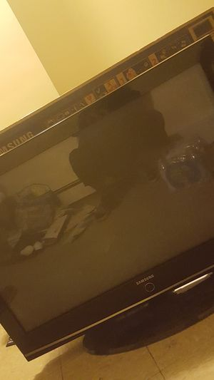 40 Inch Samsung TV for Sale in Woonsocket, RI