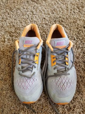 Nike shoes size 10 for Sale in Hanford, CA