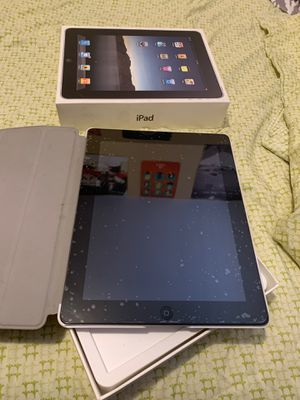 Older generation iPad with case and screen protector, barely used for Sale in Fort Lauderdale, FL