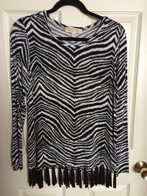 Authentic Michael Kors Women's modern blouse with stylish fringes for Sale in Chantilly, VA