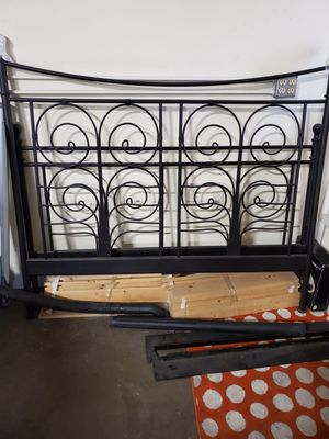 Metal bed frame for Sale in Gresham, OR