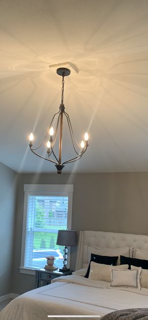 Wood and iron 5 light chandelier for Sale in Bothell, WA
