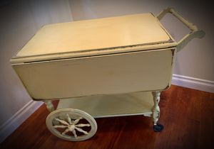 BUTTER YELLOW Original Vintage Antique Ethan Allen Wheel Kitchen Table - Shabby Chic/Cottage for Sale in San Diego, CA
