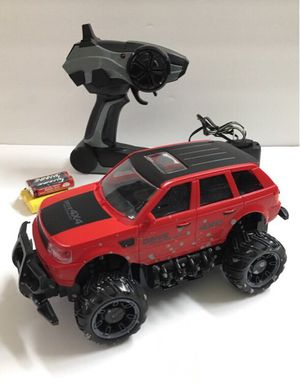 New in box 1:24 scale RC radio control range rover red and black color car suv offroad truck rechargeable battery included for Sale in Baldwin Park, CA