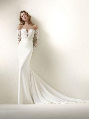 PRONOVIAS DRACMA WEDDING DRESS for Sale in Scottsdale, AZ