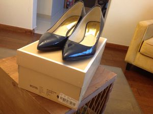 MICHAEL KORS Size 7 used twice for Sale in El Centro, CA