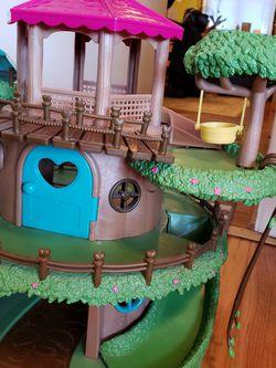 Woodzeez Toy Treehouse And Woodzeez for Sale in Aurora,  CO