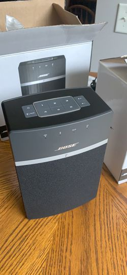 Bose sound touch 10 starter pack 2 speakers, excellent sound, and pairs with other sound touch system. for Sale in Prattville,  AL