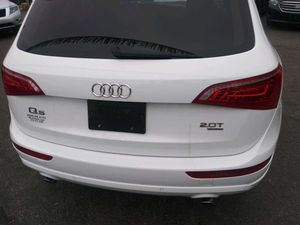 Audi Q5 2012 white for Sale in Pittsburgh, PA