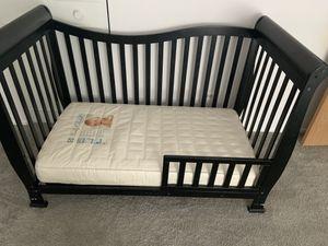 Baby crib for Sale in Marietta, GA