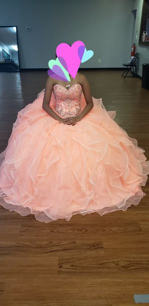 Quinceanera dress for Sale in Pasadena, TX