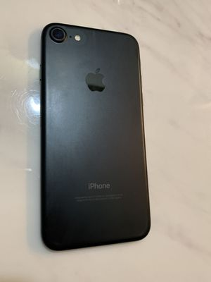 UNLOCKED IPHONE 7 32Gb / LOW PRICES 🚨 for Sale in Fort Lauderdale, FL