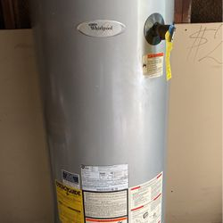Gas hot water heater 40 gallon new for Sale in Floral Park,  NY