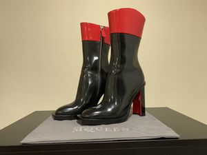Alexander McQueen leather boot for Sale in Dallas, TX