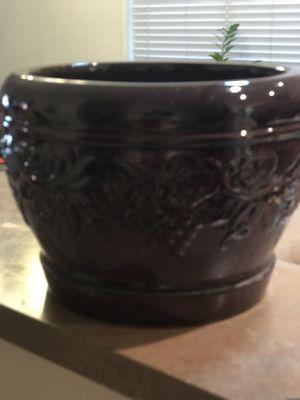 Better homes and garden flower pot for Sale in Avondale, AZ