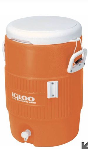 Igloo 5 gallon seat top cooler for Sale in Merrick, NY